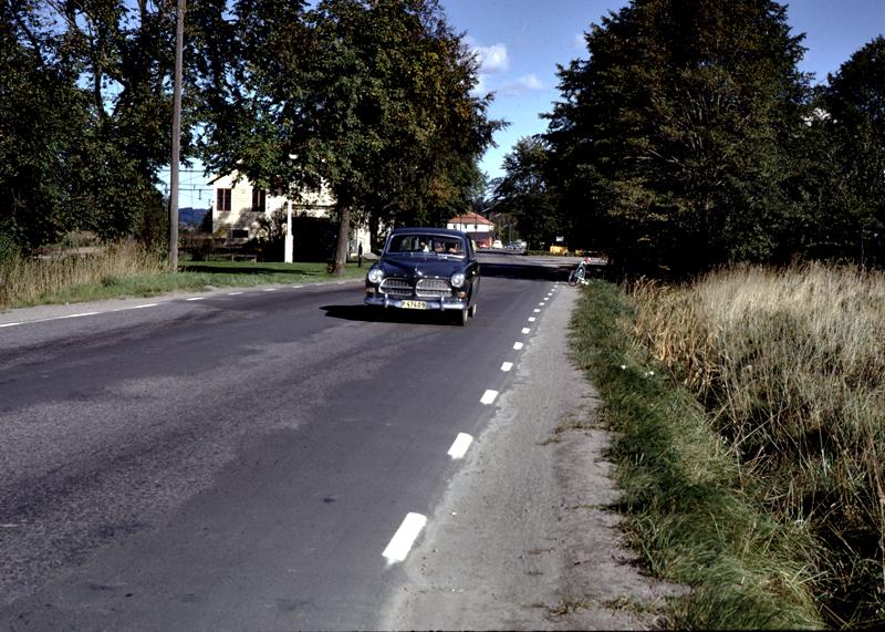 1966J - 033